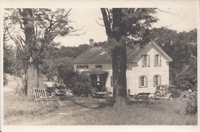 Farmhouse with old cars 1938